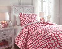 Loomis - Fuchsia - Twin Comforter Set | Q758041T | Bedding ...