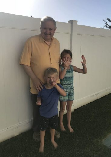 Papa and kids