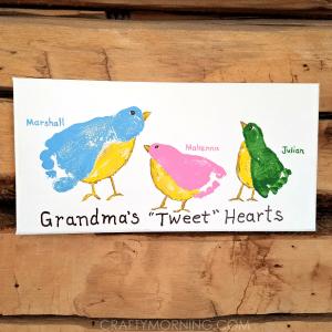 Grandmas Tweet Hearts