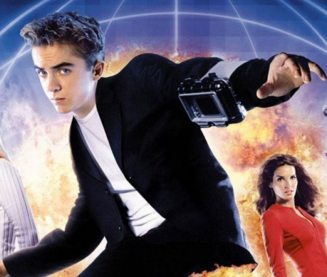 We Forced Richard To Watch Agent Cody Banks On Its 15th Anniversary So You Dont Have To Headstuff