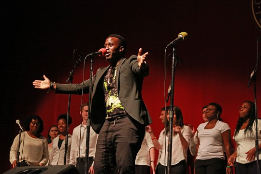 Pop Stylists, Medieval Enthusiasts Unite For Acapellafest