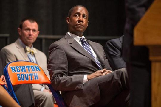 To Educate Students on Post-Grad Careers, Boston Mayors Speak on Panel