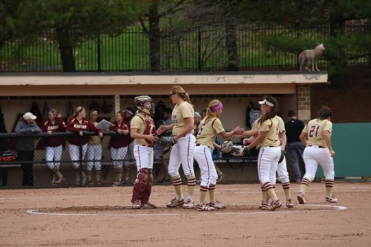 Softball Splits Pair of Midweek Games Against Local Rivals