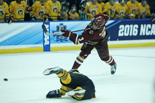Men's Hockey Falls to Quinnipiac in National Semifinal