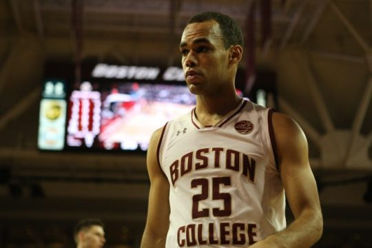 Led by Robinson's Career-High 22, Eagles Defeat Stony Brook