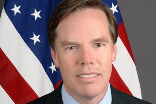 Burns, Former NATO Ambassador, Wins Award