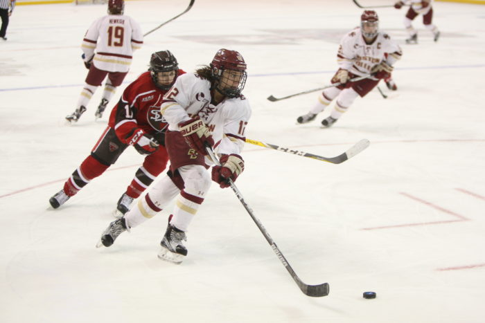 Women's Hockey Hires Former UNH Defenseman Courtney Sheary