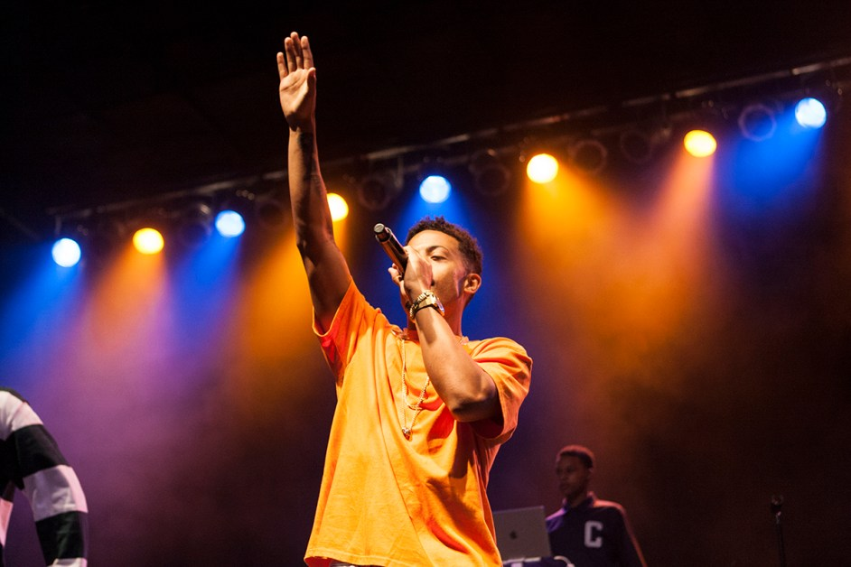 Nico & Vinz Surprise Stokes Set with New Songs, Lively Dancing