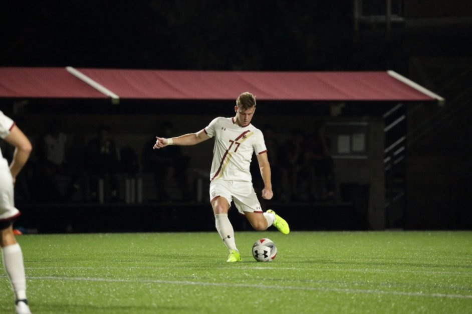 Men's Soccer's Road Woes Continue at No. 20 UConn