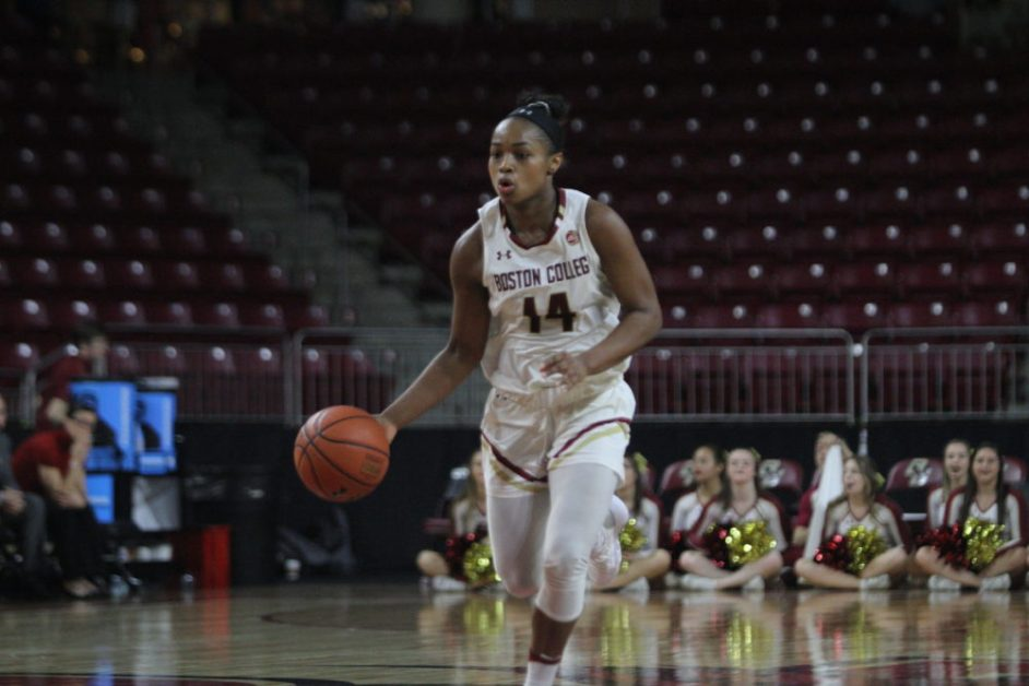 Eagles Overcome Slow Start, Escape With Narrow Victory Over Pitt