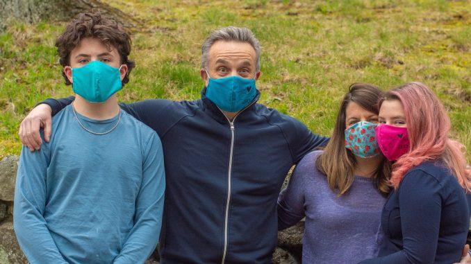 Newton Senior Sells Handsewn Masks to Benefit the Greater Boston Food Bank