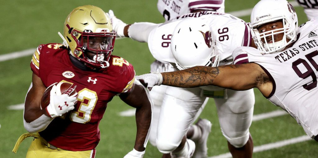 Eagles Ride Textbook Fourth Quarter to Win over Texas State