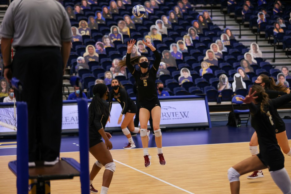 Eagles Struggle to Generate Offense in Loss Against No. 11 Panthers