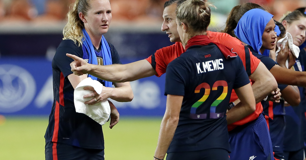 Former Eagle Kristie Mewis Selected for USWNT