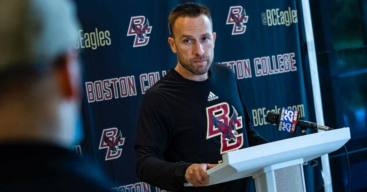 Hafley Builds on Culture of Competition in Preseason Camp