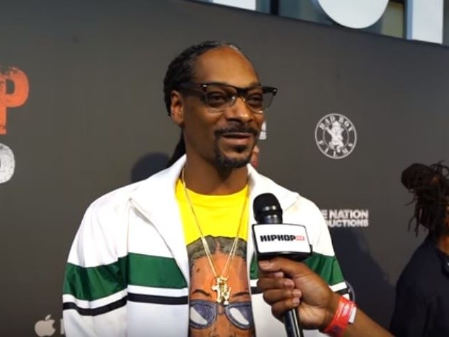 "Snoop Dogg Wasn't ""Poking Fun"" At Young Thug In ""Moment I Feared"" Video"
