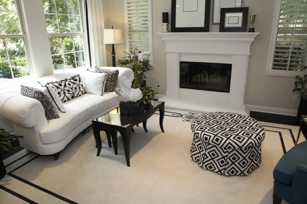 pictures of white living rooms room interior design trends 2018 25 cozy tips and ideas for small big mainly in with a black patterned round ottoman sofa