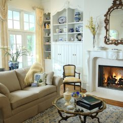 Small Living Room Fireplace Decorating Ideas Formal 41 Amazing 2019 Photos A With An Ornate Mantle And Screened Wood Burning