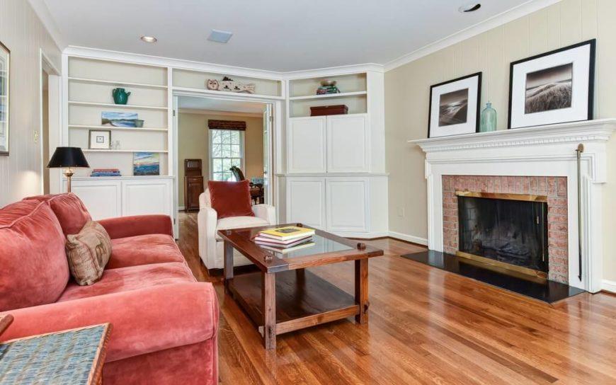 27 Beautiful Living Room Shelves