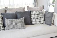 35 Sofa Throw Pillow Examples (Sofa Dcor Guide) - Home ...