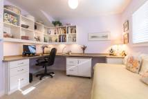 Built in Desk Home Office Idea