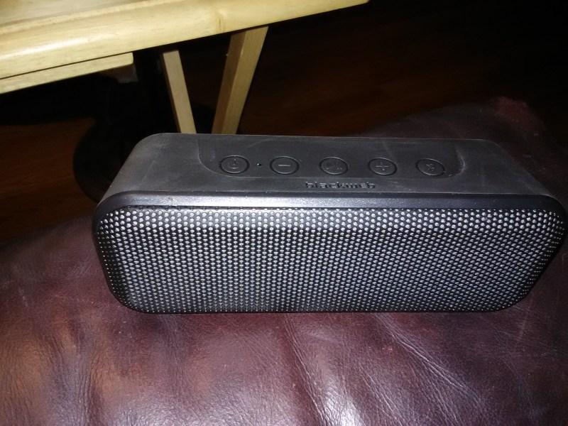 Supreme Blackweb Bluetooth Speaker Bwa18aa010 Blackweb Bluetooth
