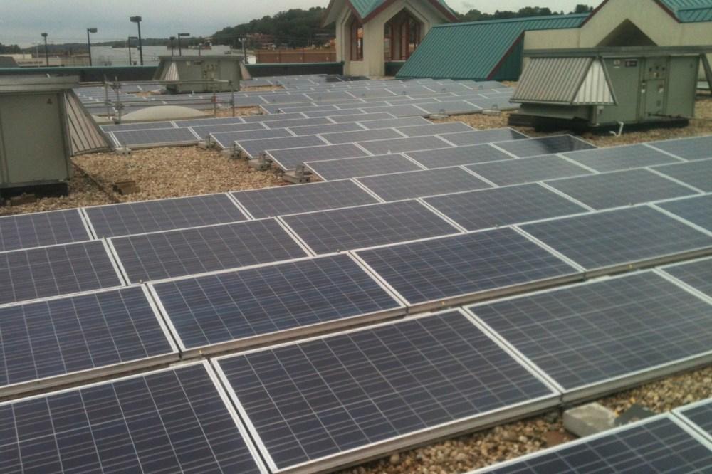 medium resolution of gravel ballasted commercial solar rooftop