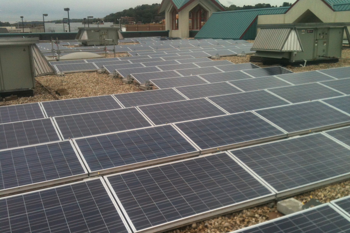 hight resolution of gravel ballasted commercial solar rooftop