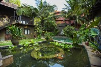 Eat, Pray, Love it Up: Get Zen at a Spiritual Retreat in India