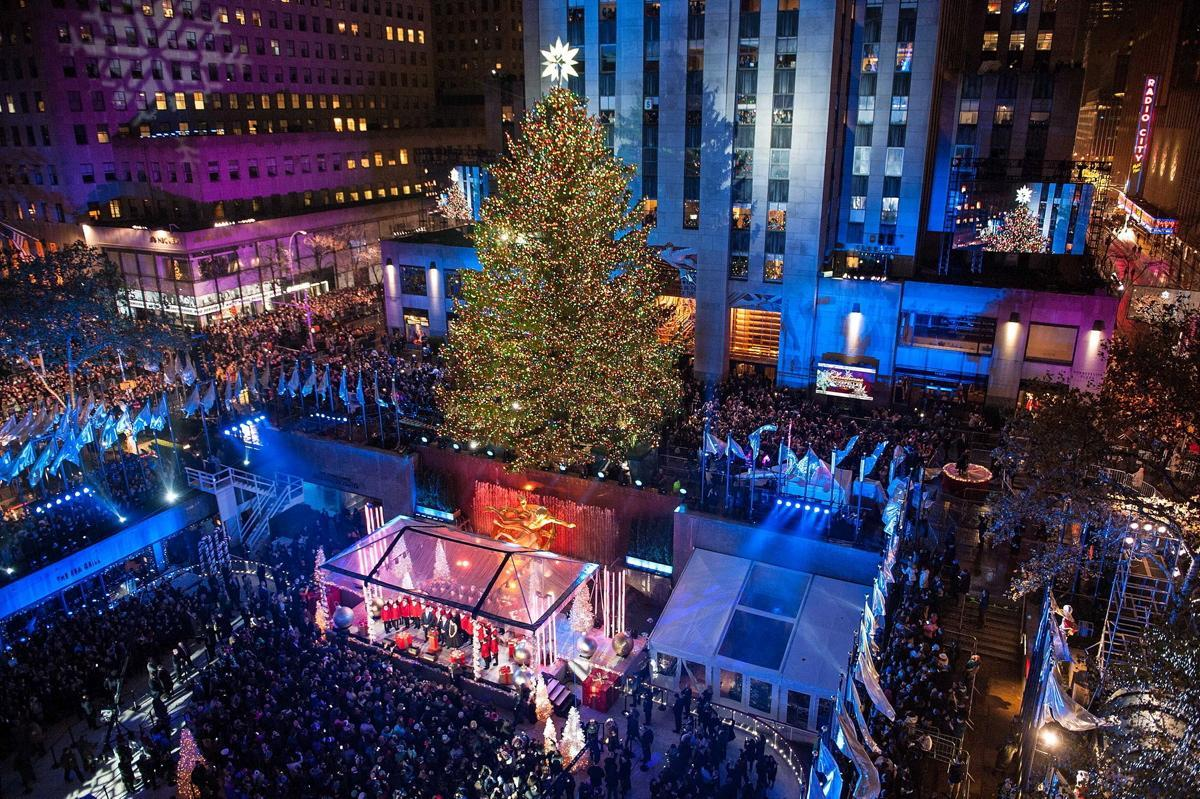 Charitybuzz: 4 VIP Tickets to the 2016 Rockefeller Center