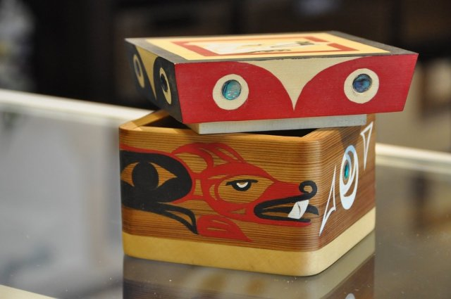 """Bentwood Box, """"Wolf"""" by Peter Gong SPECIAL ONLINE PRICE 00008"""