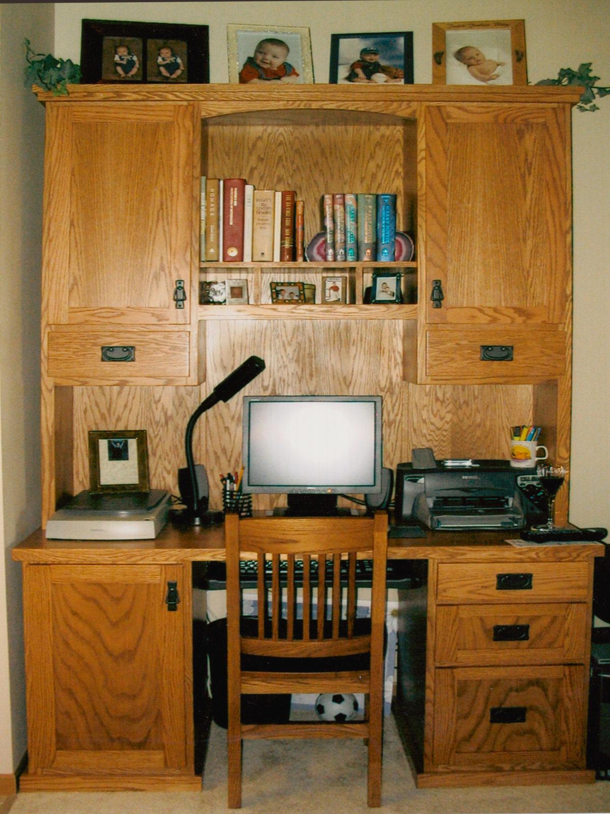 Desk 00004