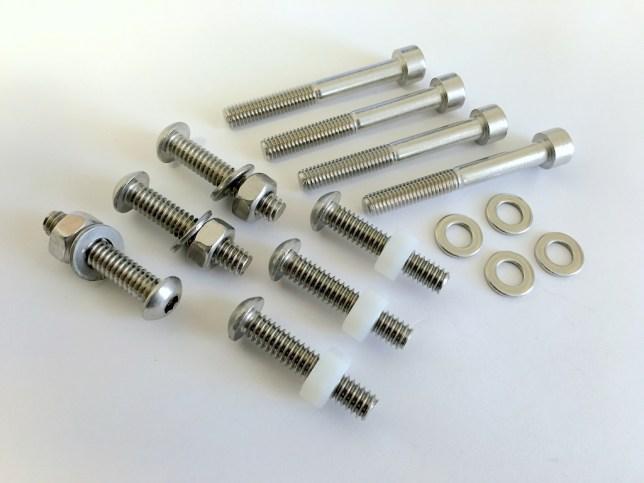 Stainless Hardware Kit 2218601