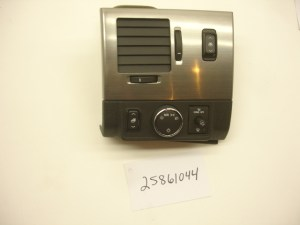 0809 HUMMER H2 SUT AIR OUTLET BEZEL HEADLIGHT SWITCH