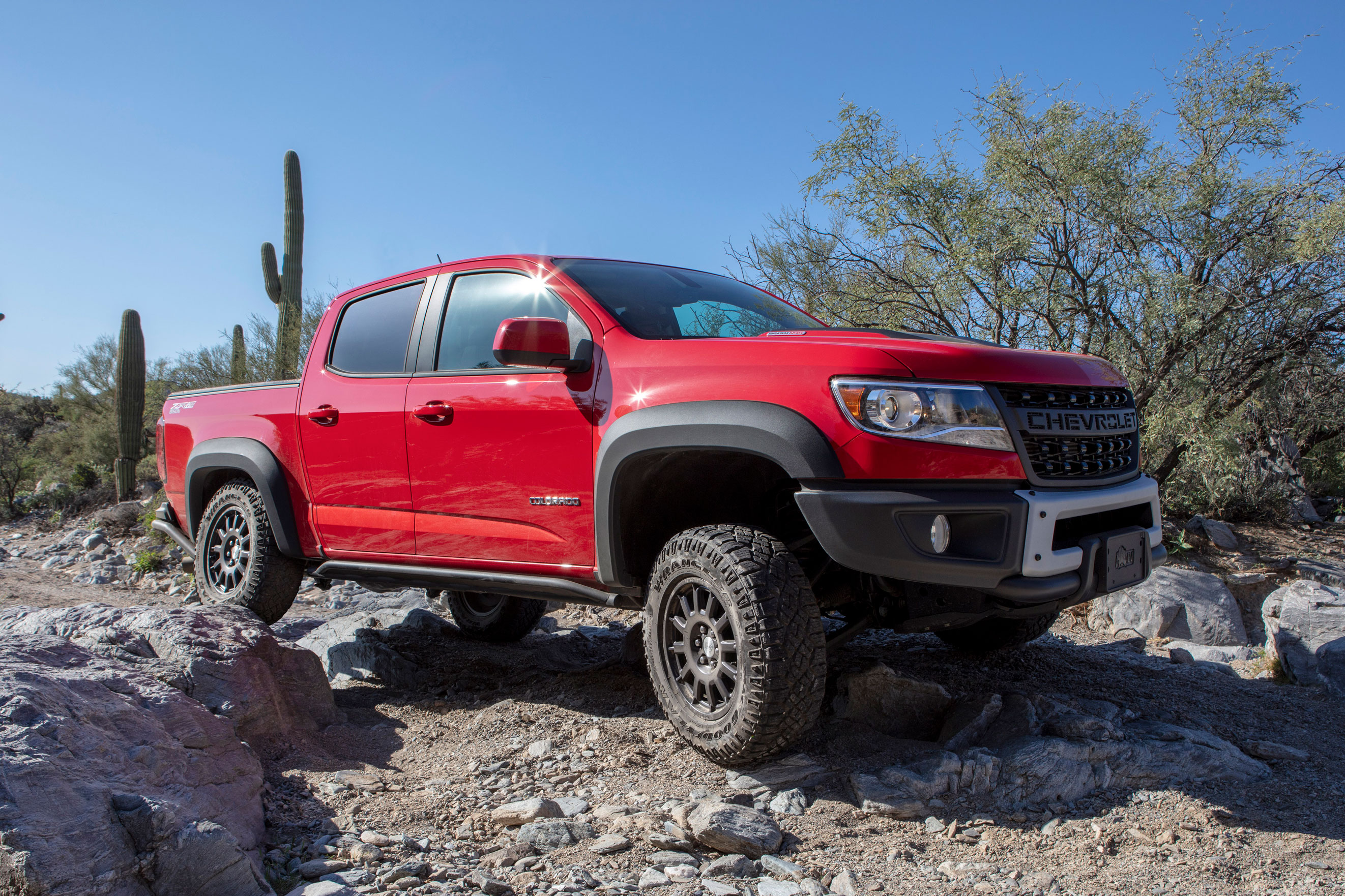 2019 chevy colorado zr2 bison leads the
