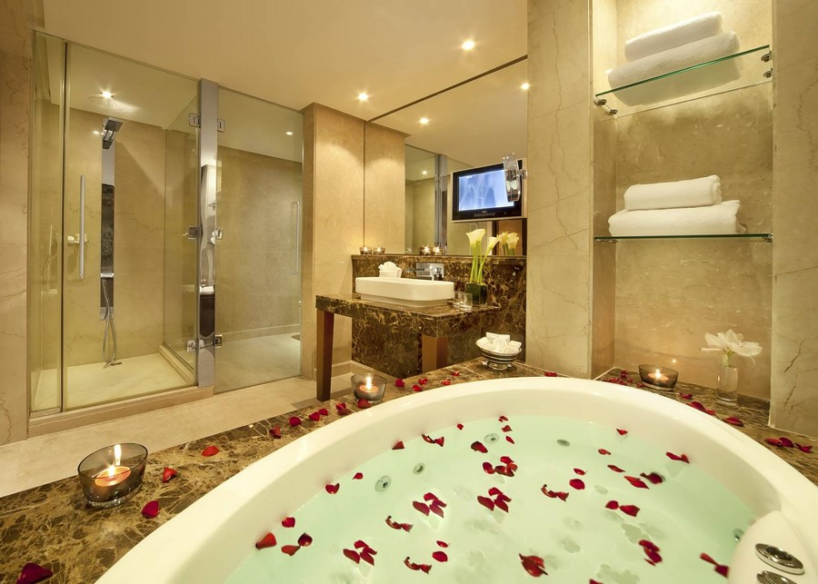 Make your BATHROOM More Glamorous like HOTEL  Plan n Design