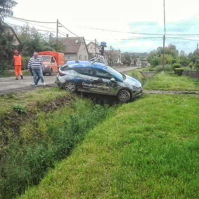 Google Street View Car In A Ditch