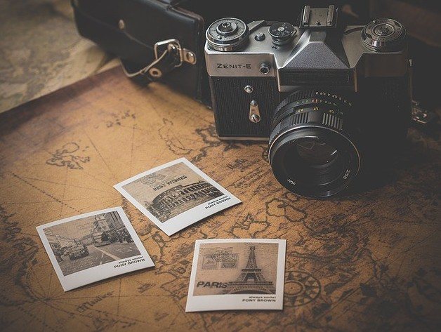 vintage cameras and photography