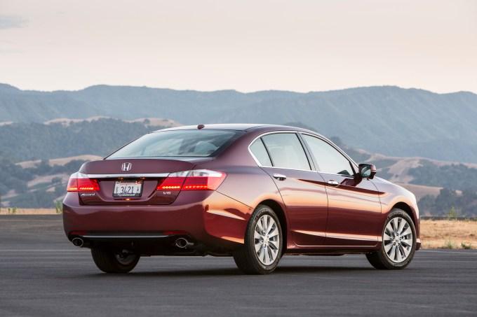 Buying Used 2013 17 Honda Accord Wheels Ca