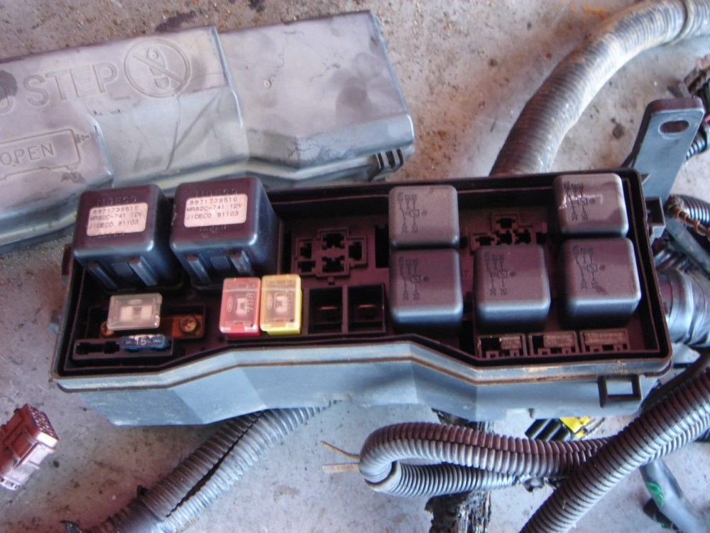 medium resolution of isuzu fuse box today wiring diagram kenworth t600 fuse box diagram 2008 isuzu npr fuse box