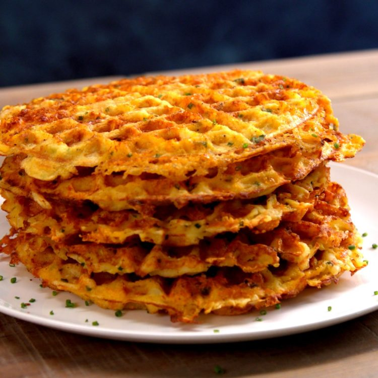 I thought that it should have came with 3 pieces of french toast. Egg & Cheese Hash Brown Waffles