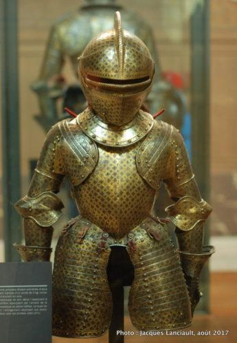 Musée des armes et armures anciennes, Hôtel des Invalides, Paris, France