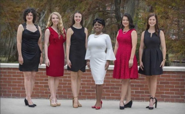 Queen And Court Give Ul Lafayette Homecoming A Majestic
