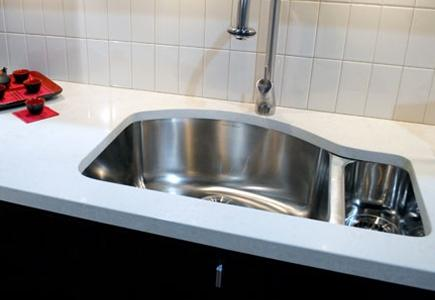 kitchens com sinks faucets know