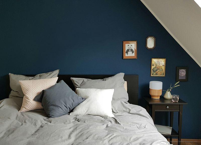 Wandfarbe Petrol Blau