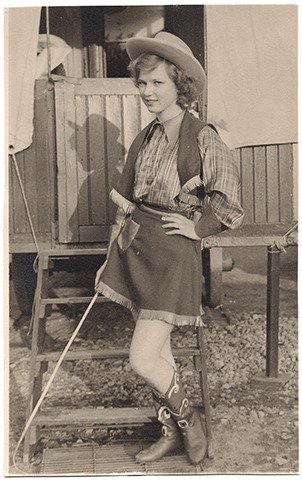 Catherine Boman when she was 17 years old. She worked in a circus in Sweden in 1951.