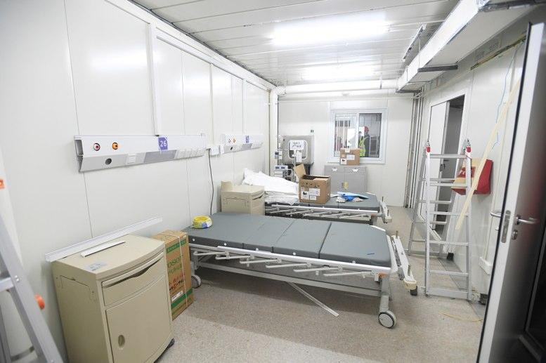 China abre hospital para coronavirus, calma los mercados - La Hora