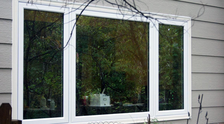 Three panel white paned windows | TrueSon Exteriors