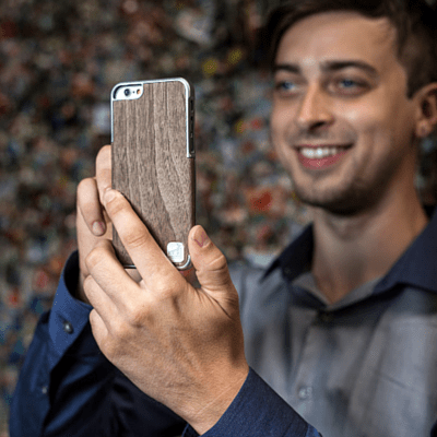 Real Walnut Wood Veneer on LuxBox Case Chosen for iphone