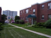 Saranac Park Apartments Crestview Group Of Companies